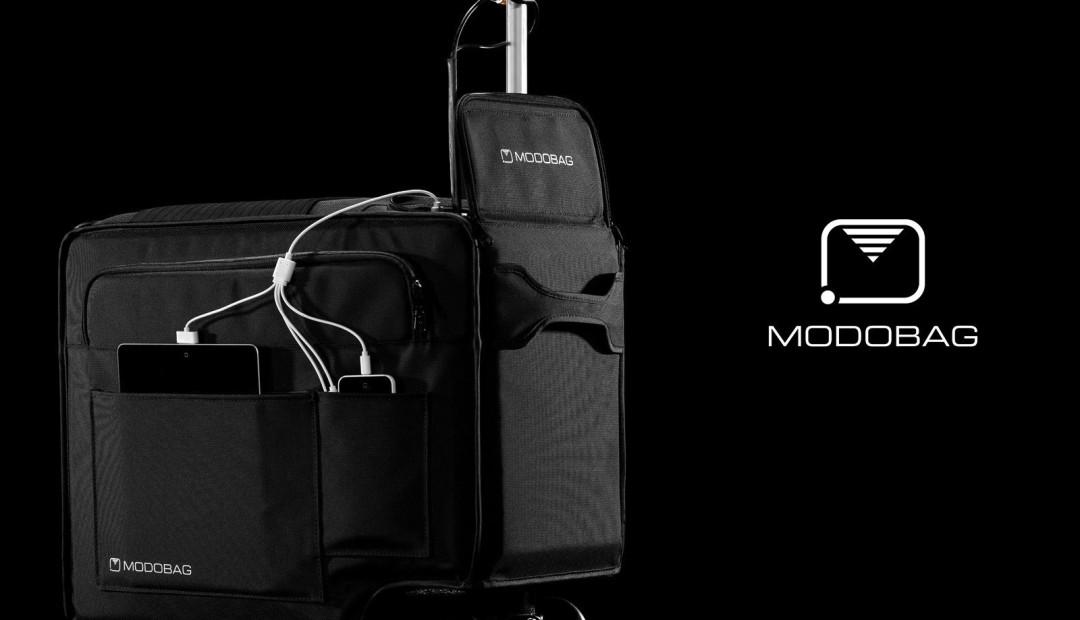 Fahrender Koffer für Reisende (Der motorisierte Koffer)